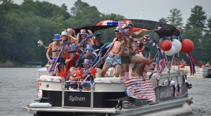 4th of July Boat Parade @ 4:30! Register here now!